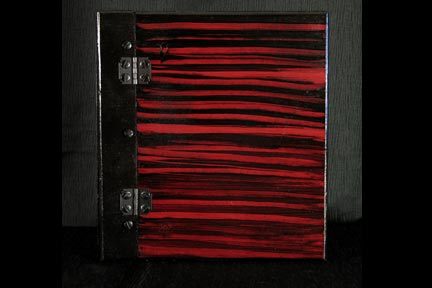 Red Wood Grain Memory Book